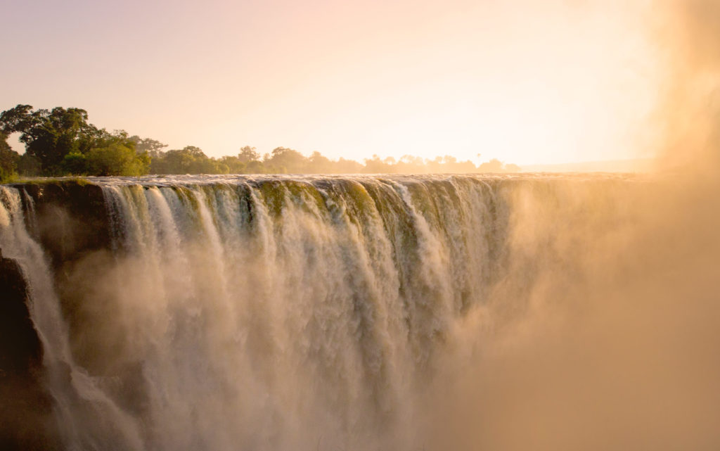 Victoria Falls In April
